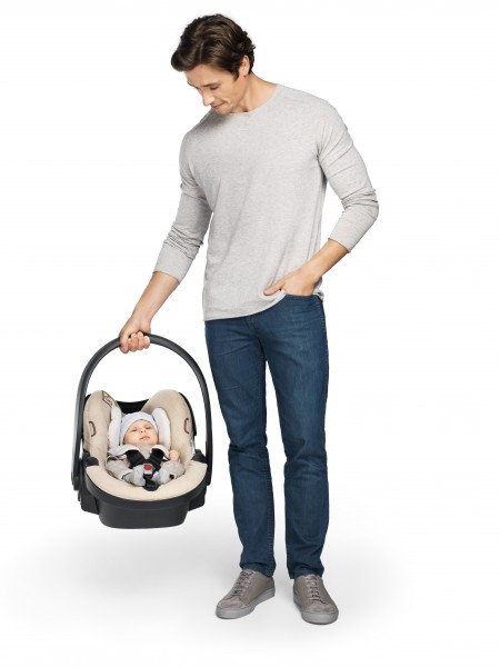 A New Lighter Baby Car Seat Adapted For Active Mobile Parents Stokke IZi Go By BeSafe Remains Part Of The Range In Most Parts World
