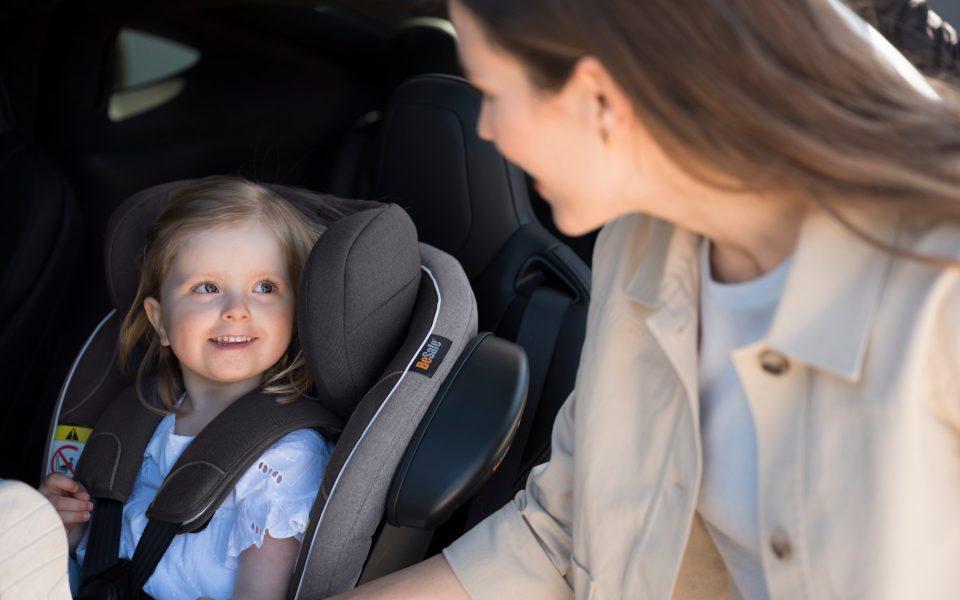 iZi Turn i Size car seat 3